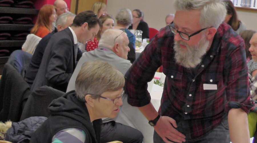 independent living advisor speaking with LCiL member